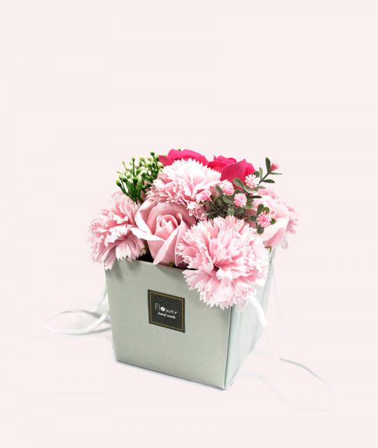 Lillekimp seebist karpis, Roosa roos & nelk