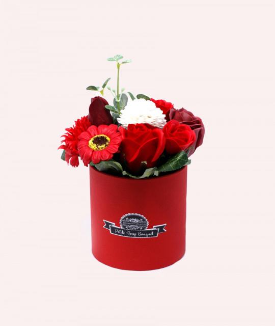 Väike lillekimp karpis, Punane