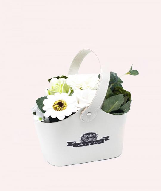 Маленькая корзина цветов из мыла, Пастельно-зелёная