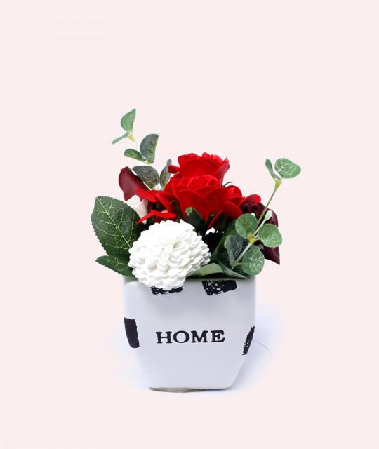 Väike lillekimp potis, Punane