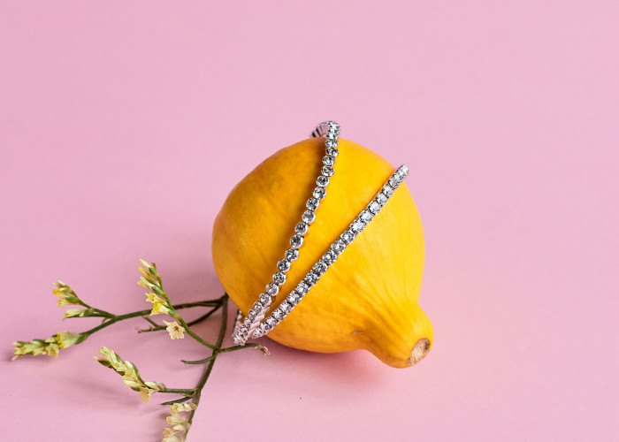 Как ухаживать за украшениями из различных металлов, а также со вставками из камней и кристаллов