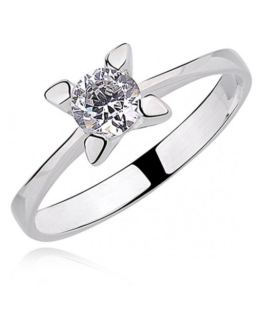 Silver ring white zirconia with 4 prong setting, EU-16