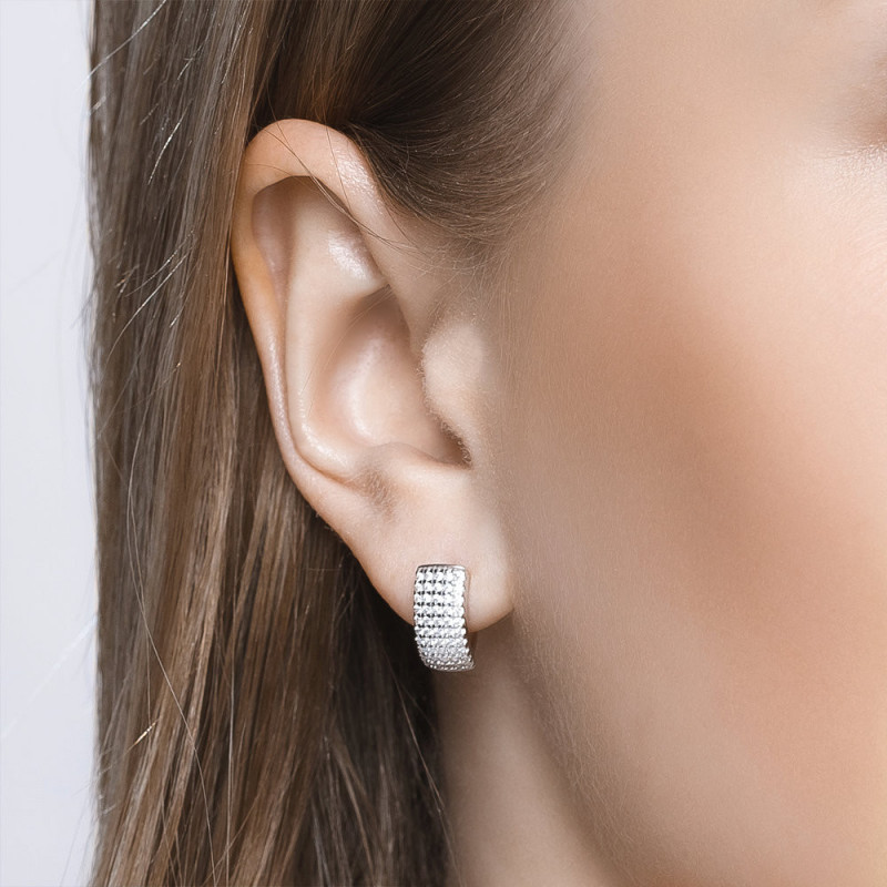 Silver earrings with an English lock with cubic zirkonia