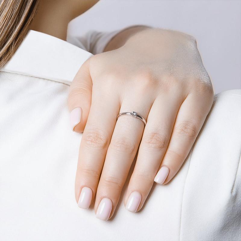 Hopea sormus SOKOLOV timantilla