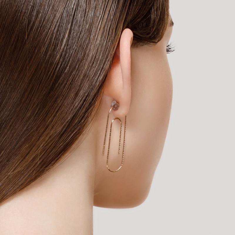 Silver earrings with diamond cut