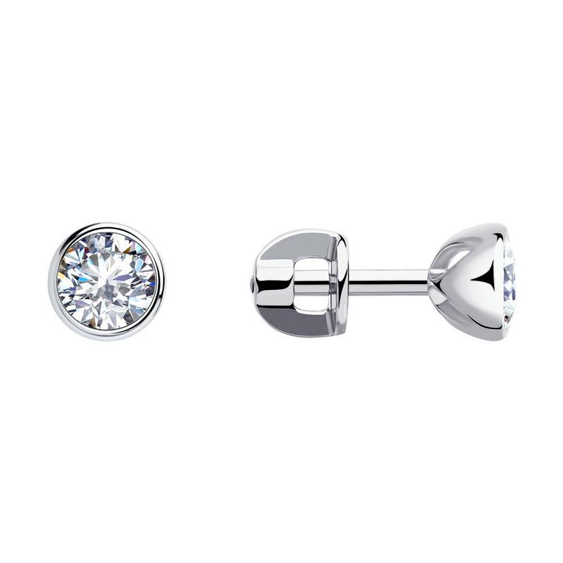 Silver stud earrings with cubic zirkonia
