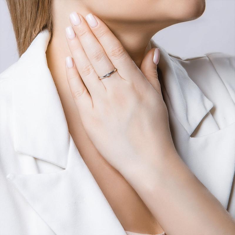 Hõbedane sõrmus SOKOLOV teemandiga